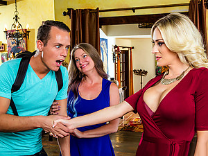 Digital Playground – My Mom\'s Best Friend